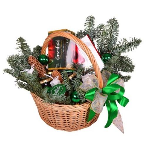 Купить на заказ Заказать Корзина «Подарок под елку» с доставкой по Степногорску с доставкой в Степногорске