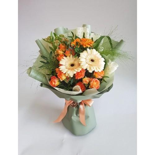 Купить на заказ Заказать Mini bouquet 3 с доставкой по Степногорску с доставкой в Степногорске