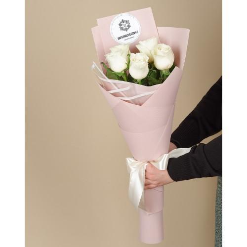 Купить на заказ Заказать Букет из 5 роз с доставкой по Степногорску с доставкой в Степногорске
