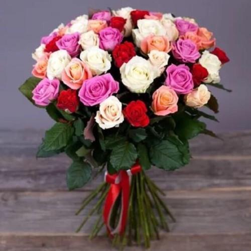 Купить на заказ Заказать Букет из 31 розы (микс) с доставкой по Степногорску с доставкой в Степногорске